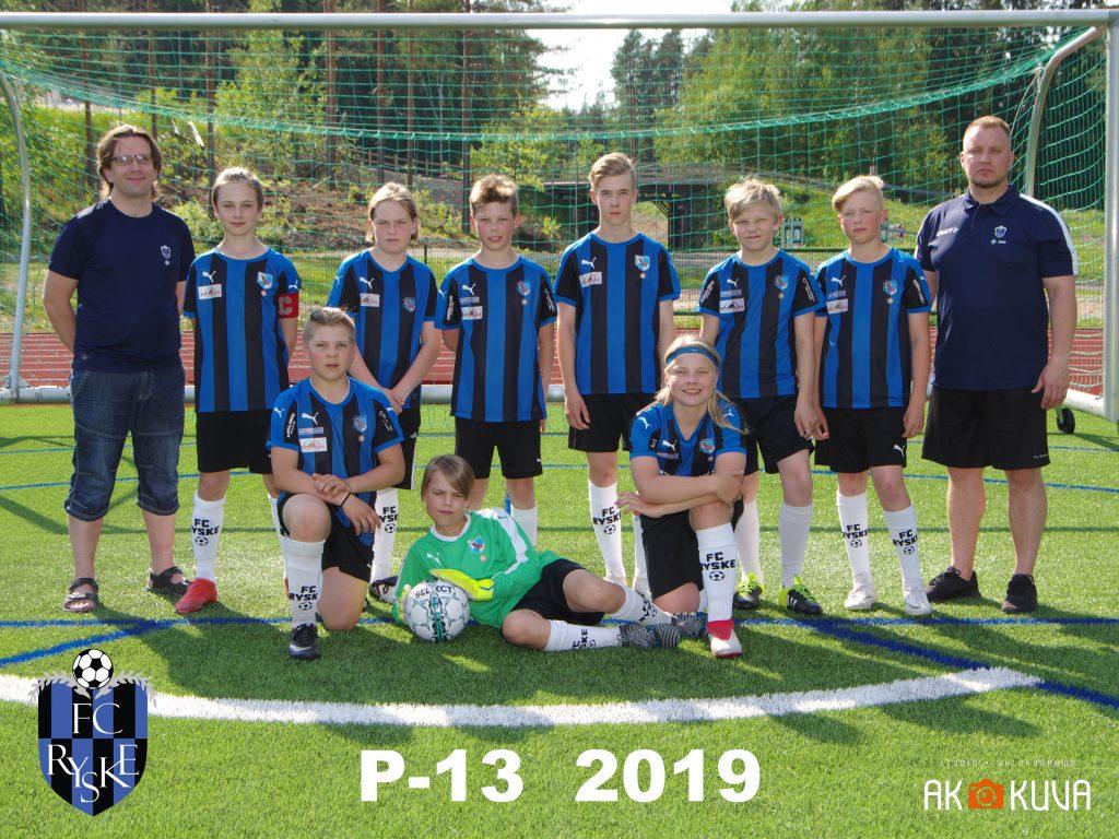 P-13 2019 joukkuekuva